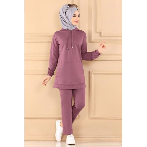 Two-piece set with capes - lilac color