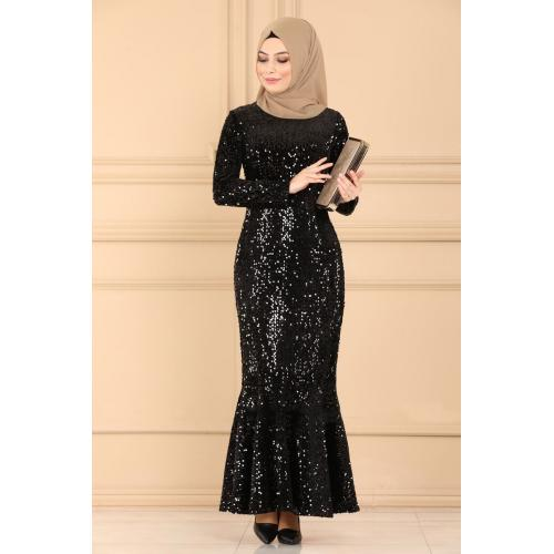 Evening dress decorated with sparkles -black