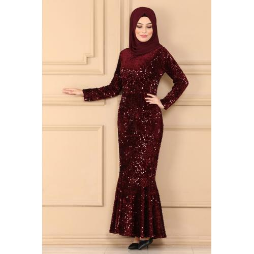 Evening dress decorated with sparkles -maroon