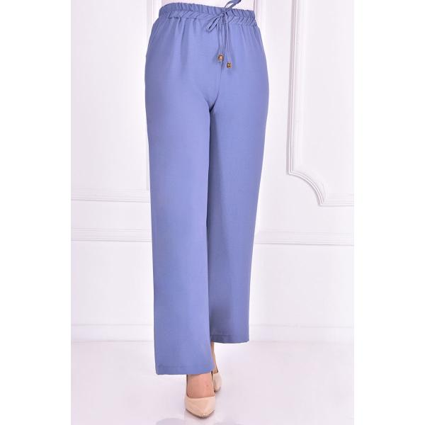 Blue pants with an elasticated belt