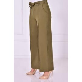Khaki pants with tied belt