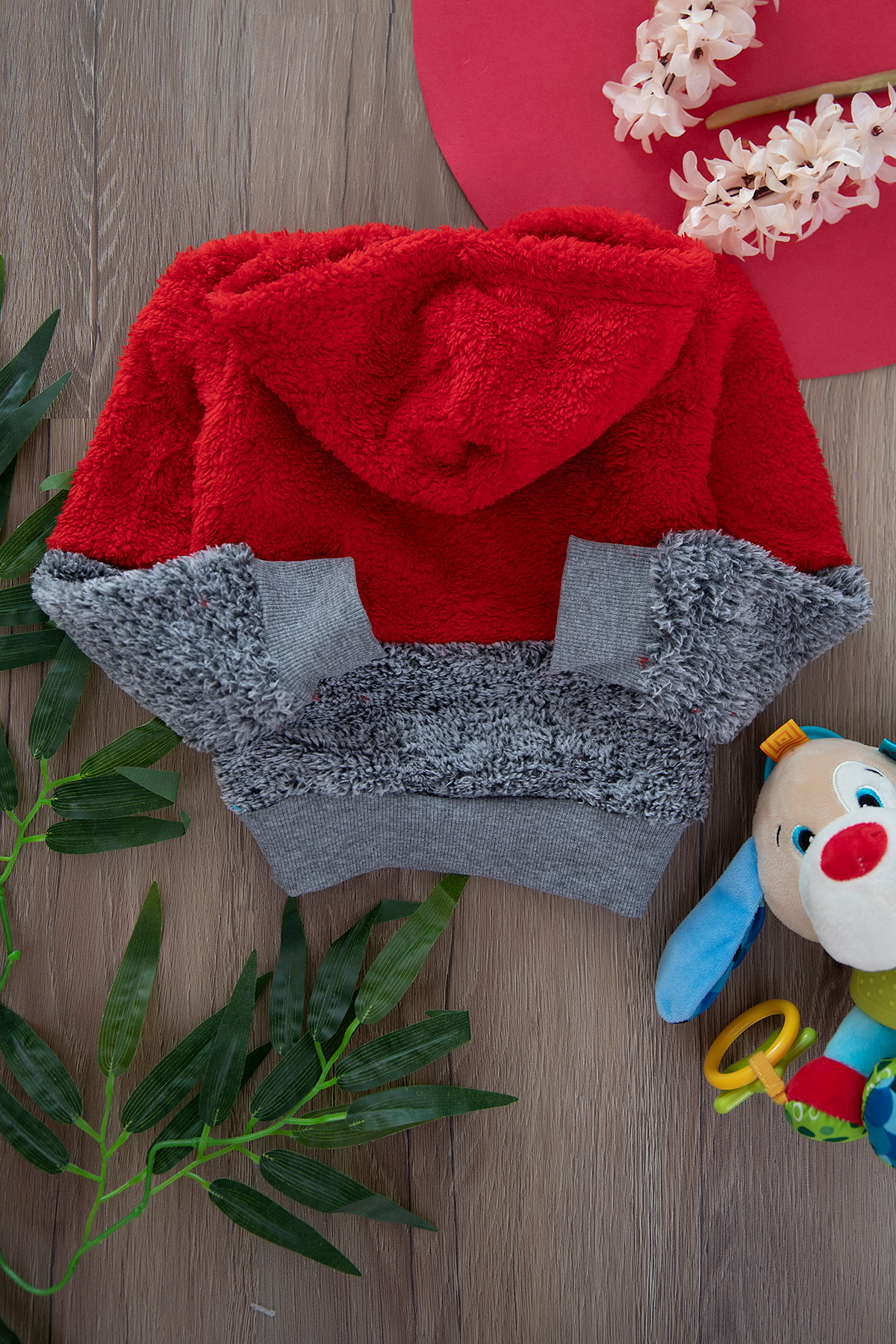 Plush sweat with cape for boys - red