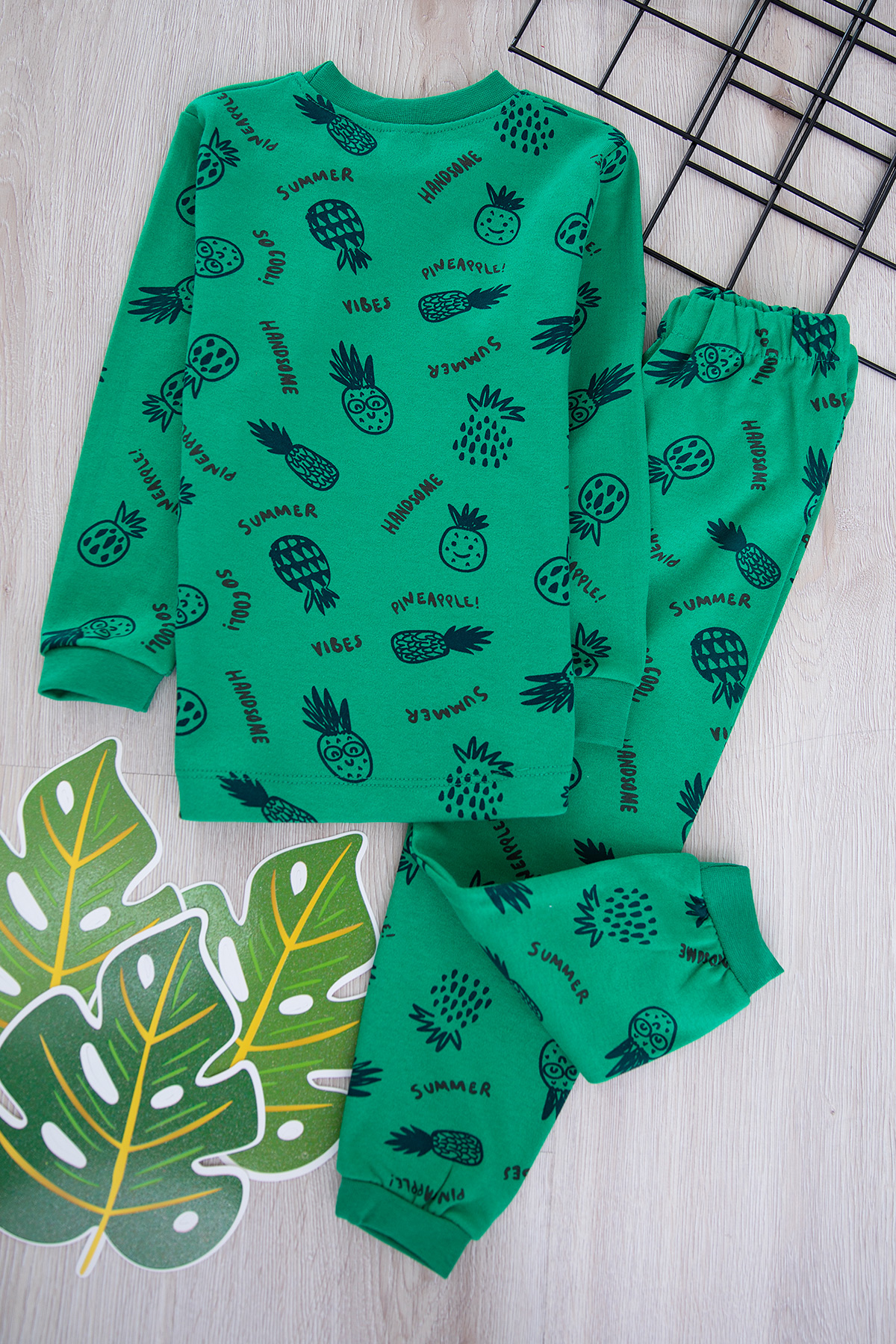 Boys' Set (Pineapple Printed) -green