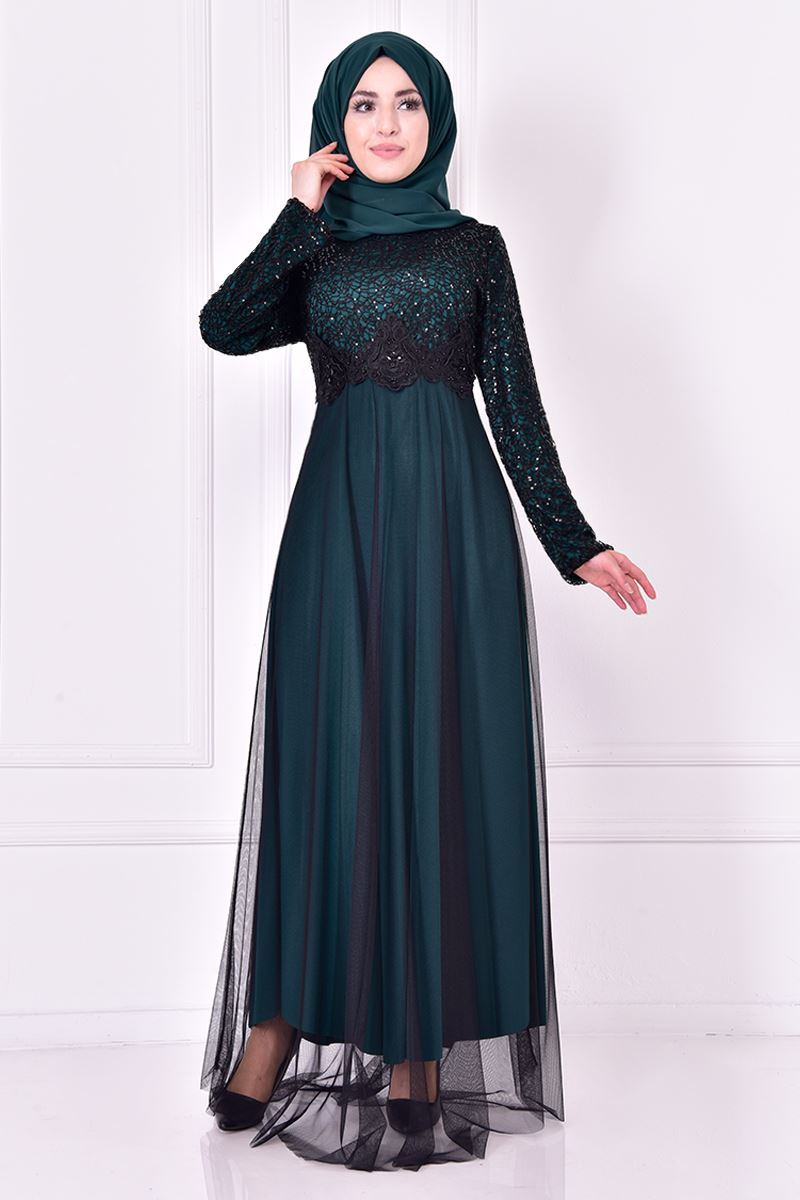 Evening dress, green oil decorated with sparkles