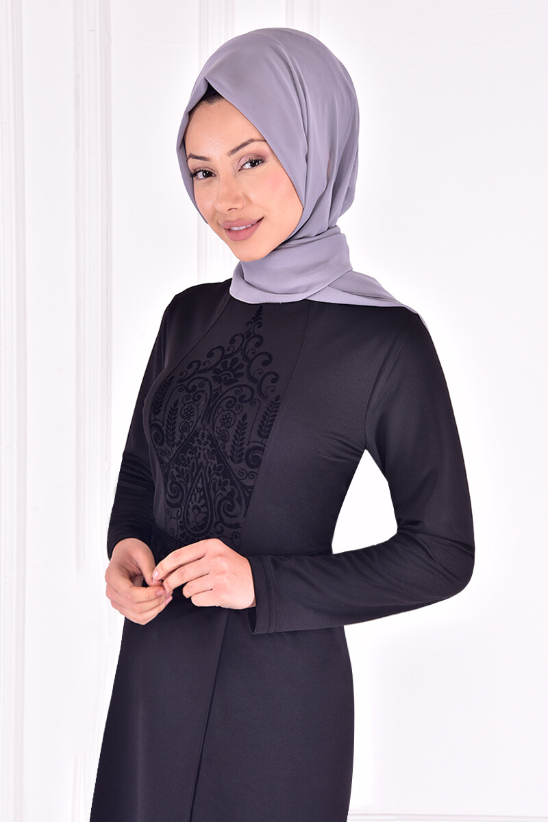 Two-piece embossed printed set -