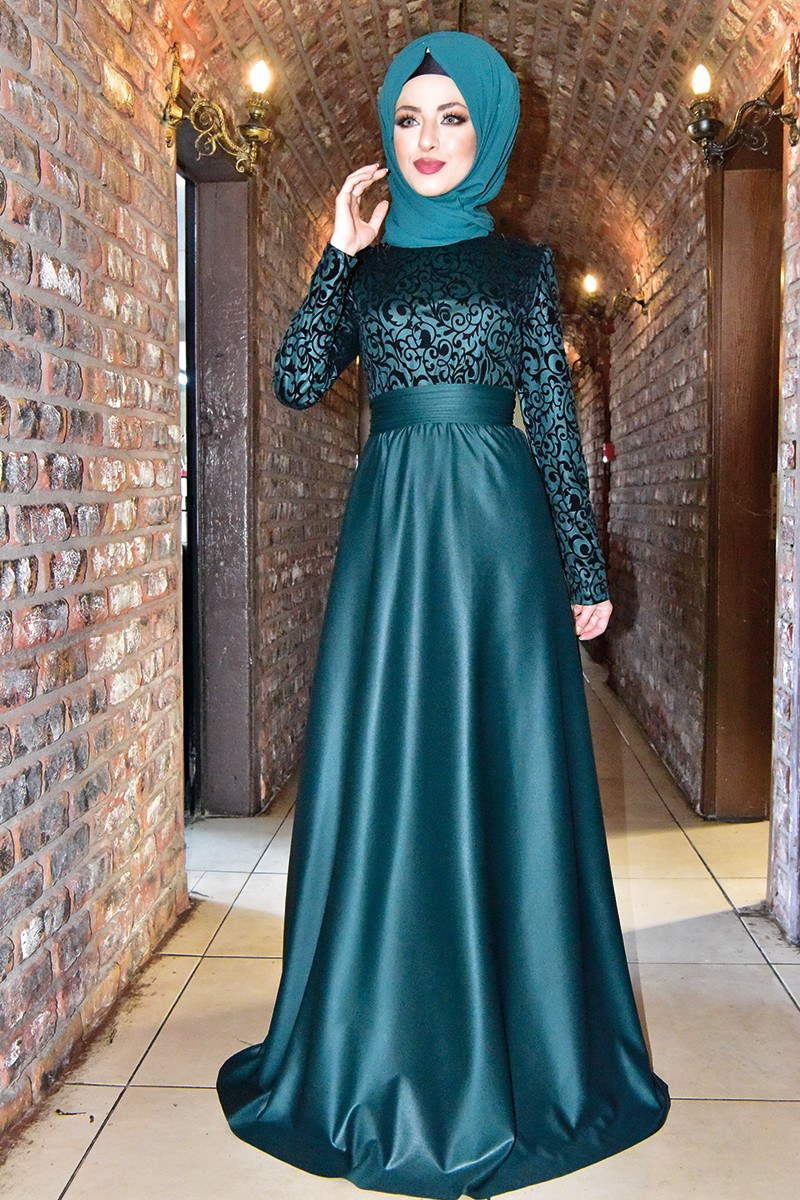 Evening dress {princess style} emerald green